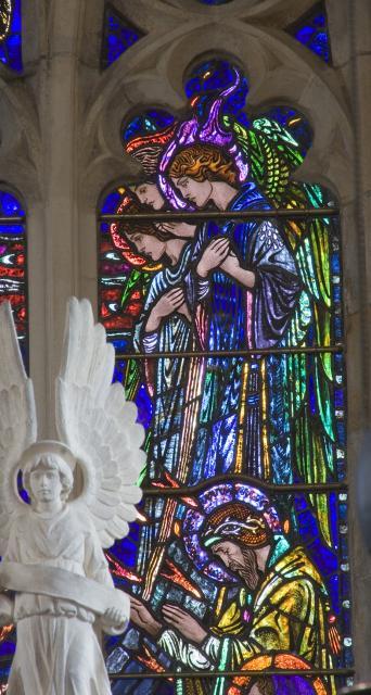 Angels    detail from    Te Deum