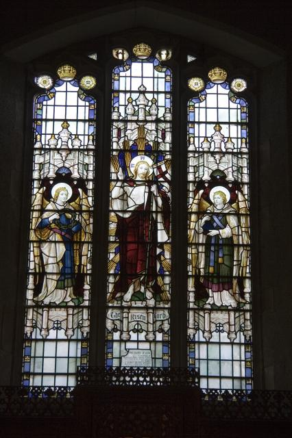 The Risen Christ with Angels
