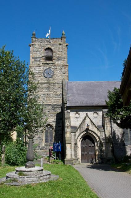 Church of St Collen, Llangollen, Denbighshire Llangollen_DSC1803.jpg Photo © Martin Crampin