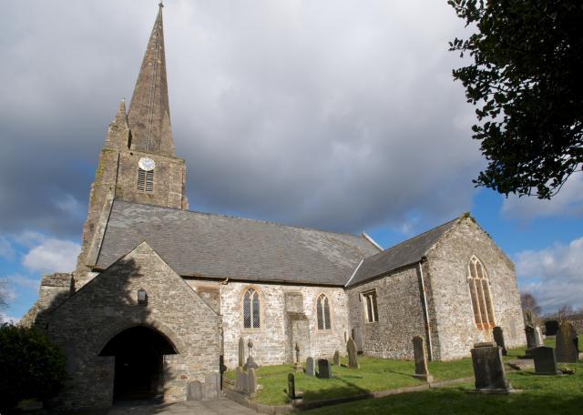 Church of St Mary, Kidwelly, Carmarthenshire Cydweli_29.jpg Photo © Martin Crampin