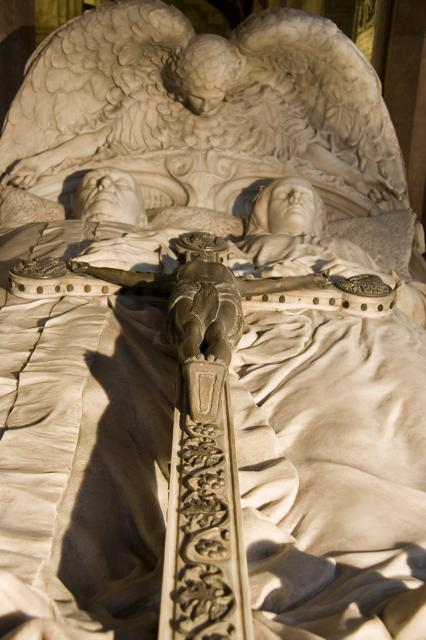 Tomb of William Ewart Gladstone and Catherine Gladstone