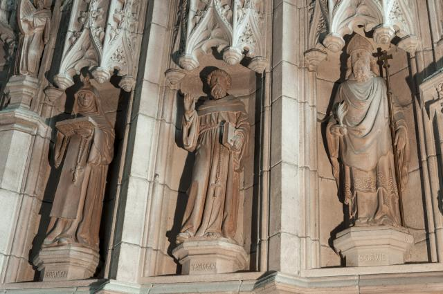 St Bridget, St Bodfan and St David    detail from    The Crucifixion with Saints